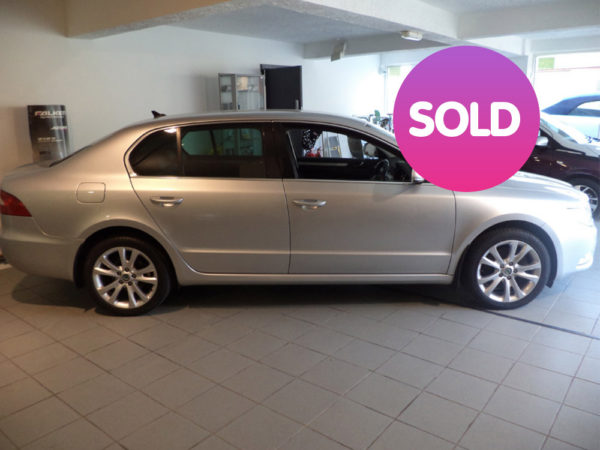 SUPERB 2.0 TDI SE PLUS 5 140 | SOLD